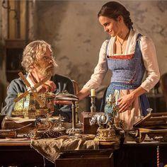 Estamos enamorados de @emmawatson a #Belle en la nueva película de @beautyandthebeast  #emmawatson #movie #freshrevista