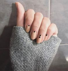 22 Simple Dots Nail Design for Minimalist | See ALL at Lovika