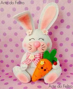 coelho-da-pascoa-feltro-cenoura