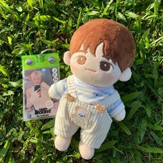 nct jeno doll + we boom pop up store keyring 🌱 Kawaii Plush, Cute Plush, Baekhyun, Kpop Merch, Diy Doll, Plush Dolls, Plushies, Cute Wallpapers, Baby Dolls