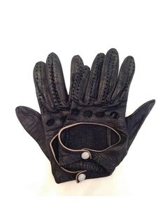 Vintage 1930's Genuine Leather Motorcycle Gloves, With a Pearl Closure. Size Small.