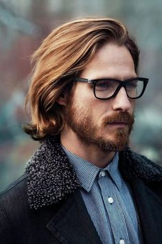 Always love this hairstyle !!! #Hairstyle #LongHair #MenHairstyle http://modelrambuts.blogspot.com/2015/01/5-trend-model-rambut-pria-2015-terbaru.html
