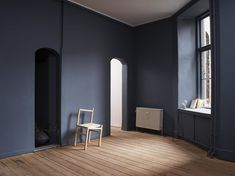 St Pauls blue paint by jotun for Frama Dark Blue Bedrooms, Blue Rooms, Dark Walls, White Walls, St Pauls Blue, Wall Colors, House Colors, Jotun Lady, Interior Design Trends