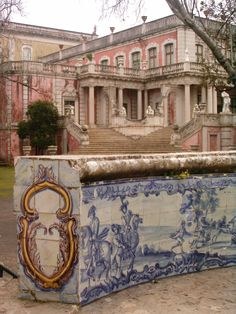 Palácio de Queluz, Lisboa, Portugal Explore Portugal in Enjoy Portugal Website and Facebook Page www.enjoyportugal.eu https://www.facebook.com/enjoyportugalcountry
