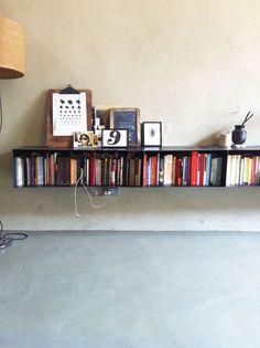 simple looking floating shelf