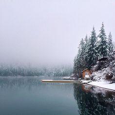 Dwell - Modern Winter Retreats