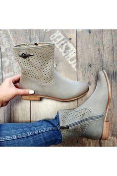 Dámske sivé čižmy Filippo Chelsea Boots, Tommy Hilfiger, Platform, Ankle, Shoes, Fashion, Moda, Zapatos, Wall Plug