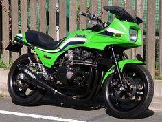 kawasaki gpz1100f Motos Kawasaki, Kawasaki Motorcycles, Cool Motorcycles, Suzuki Bikes, Kawasaki Ninja, Motorcycle Art, Motorcycle Outfit, Cafe Racer Moto, Classic Bikes