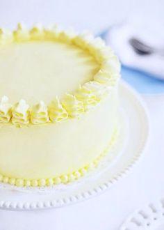 """Torta al limone e mirtilli per la FestadellaMamma realizzata da Rosie Alyea del blog @Rosie HW Alyea - { Guest Post } by Rosie Alyea """"Sweetapolita"""": Triple-Lemon #Blueberry #Layer #Cake with English version"""