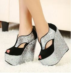 Wedge Heel and Sequins Design Peep Toed Shoes