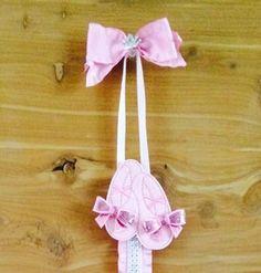 #Handmade #PrimaBallerina #WallArt #BalletBowHolder #DanceShoes #PinkHairbowOrganizer by Heysista.etsy.com $22.50 makes a great recital, new baby & birthday gift! #EtsyKids