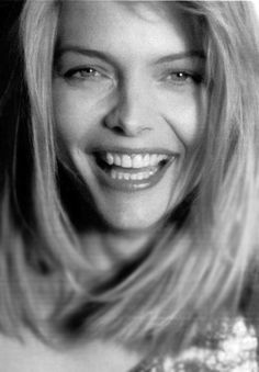 Michelle Pfeiffer, Beautiful Girl Image, Beautiful Eyes, Beautiful Women, Black And White Portraits, Hollywood Celebrities, Best Actress, Blond, Classic Beauty