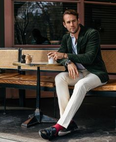 Sexy Shaun Birley in his signature big manfeet tassels with sexy socks 🔥😍 Fashion 101, Daily Fashion, Mens Fashion, Coffee Around The World, Best Shopping Sites, Sexy Socks, Rugged Style, Dapper Men, Outfit Combinations