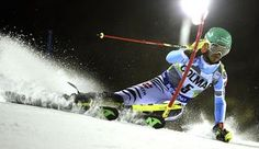 Neureuther gana en Madonna y ya es líder en la general de slalom Felix Neureuther en plena carrera. Crédito foto getty
