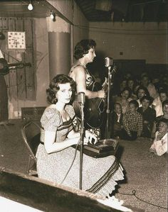 ♡♥Mother Maybelle Carter with daughter June Carter Cash♥♡