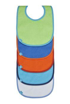 Kleckern ohne Reue! Mit den praktischen Fünfer-Lätzchensets von LÄSSIG für Mädchen und Jungs dürfen kleine Gourmets ohne Reue kleckern und das gleich mehrmals hintereinander. Die Lätzchen, die es in einer Mehrfachsortierung gibt, sind dabei aus pflegeleichter Baumwolle herstellt und enthalten eine entsprechende Laminierung, damit die Kleidung darunter auch garantiert trocken bleibt. Mehr über Lätzchen: http://www.babyhaus-ditz.de/…/l%C3%A4ss…/l%C3%A4tzchen-sets/