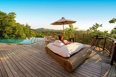 Le Domaine de L'Orangeraie | Seychellit | Seychelles | Signature-hotelli Tjäreborgilta Varanasi, Seychelles, Outdoor Furniture, Outdoor Decor, Home Decor, Decoration Home, Room Decor, Home Interior Design, Backyard Furniture