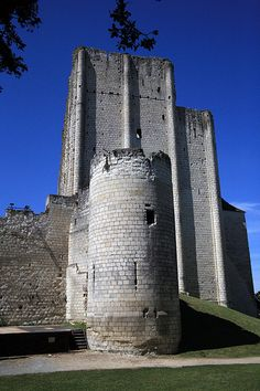 Loches dungeon built by Foulques III Nerra, count of Anjou - Loches, Indre et Loire, France - photo Paolo Ramponi