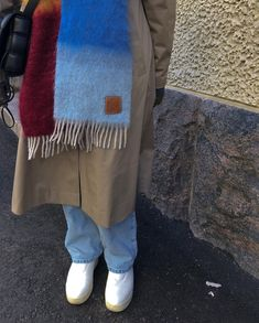 """@tyylialkemisti shared a photo on Instagram: """"🍇🥥 ' ' ' ' ' ' #loewe #loewescarf #mohairscarf #trenchcoat #ootd #outfitinspiration #jeansoutfit #transitionalstyle #bottegaveneta…"""" • Mar 24, 2021 at 6:25am UTC Loewe, My Friend, About Me Blog, Ootd, Blanket, My Style, How To Wear, Clothes, Instagram"""