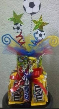 Chocolate Bouquet, Candy Bouquet, Candy Shop, How To Make Chocolate, Catering, Valentines Day, Broccoli Salads, Holiday, Crafts