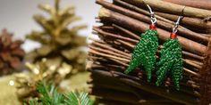 Vánoční stromečky podle Lucie Diy Food, Reindeer, Diy Jewelry, Crochet Earrings, Embroidery, Christmas Ornaments, Beads, Holiday Decor, Flora