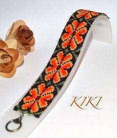 Huichol inspired flower patterned peyote beaded bracelet