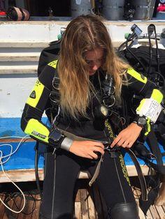 Computer 328 Scuba Wetsuit, Diving Wetsuits, Diving Suit, Scuba Diving Gear, Scuba Girl, Navy Girl, Womens Wetsuit, Biker Girl, Black Suits