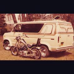 Vintage 70's Ford Custom boogie van