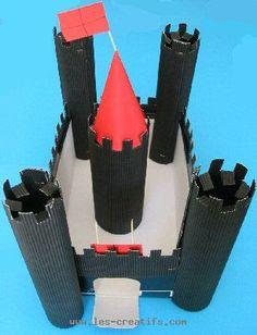 Crafts for kids : making a cardboard castle Cardboard Forts, Cardboard Castle, Diy Fort, Château Fort, Projects For Kids, Diy For Kids, Crafts For Kids, Chateau Fort Moyen Age, Forts En Carton