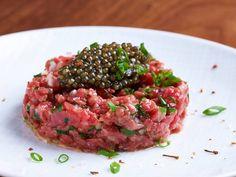 Tartare de boeuf au caviar Hugo Desnoyer