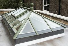 Roof Lantern Exterior: Town and Country (traditional)