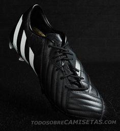 ¡Gareth Bale probando una de Adidas futbol!Pinterest adidas