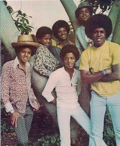 The Jackson 1972 - Photo by Neal Preston Tito Jackson, Jackie Jackson, The Jackson Five, Jermaine Jackson, Randy Jackson, Jackson Family, Young Michael Jackson, Photos Of Michael Jackson, Afro