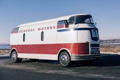 Majitel nevěděl, co má - 44 - Clay Houses, General Motors, Trucks, Recreational Vehicles, Art Deco, Bike, Cars, Car Stuff, Trippy