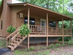 Creekfront Cabin - New and Cozy-Private and RelaxingVacation Rental in Hiawassee from @homeaway! #vacation #rental #travel #homeaway