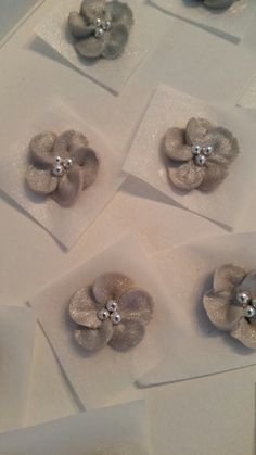 Silver royal icing flowers
