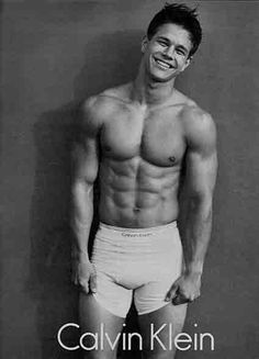 Mark Wahlberg: What a smile!
