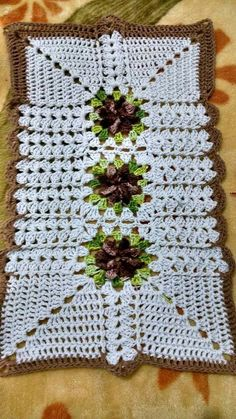 Jenny Boone's media content and analytics Crochet Art, Crochet Home, Crochet Doilies, Crochet Flowers, Free Crochet, Crochet Patterns, Crochet Table Runner, Crochet Squares, Rugs On Carpet