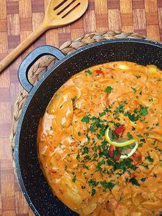 Toszkán csirkeragu – VIDEÓVAL! I Tuscan Chicken - VIDEO! Hungarian Recipes, Italian Recipes, Smoothie Fruit, Tuscan Chicken, Good Food, Yummy Food, Food Hacks, I Foods, Main Dishes