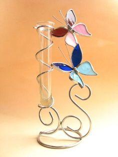 mariposas con florero