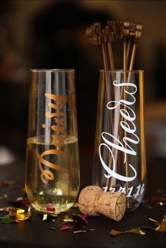 7 stemless champagne glasses by ChampagneSociety on Etsy https://www.etsy.com/listing/473430749/7-stemless-champagne-glasses