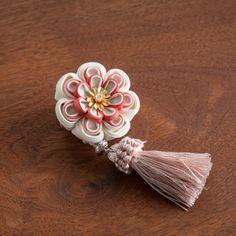 Ribbon Art, Ribbon Crafts, Flower Crafts, Japanese Hairstyle, Kanzashi Flowers, Diy Hair Bows, Hair Ornaments, Diy Hairstyles, Hair Clips