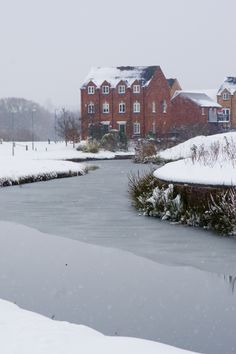 Waterside Grange by the Staffordshire Worcestershire Canal, Kidderminster