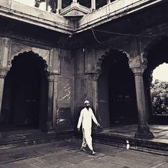 After the Namaaz  #prayer #quran #prayers #photographie #ramadan #streetphotography #jamamasjid  #india #street_photograph #_streetsofindia #canonindia #canon #world_streets #featureforcanon #canon_india #photo_storee #photooftheday #summers #delhidiaries #delhi6 #delhi6streets #evening #muslim #muslims #inspiredtraveller #_soi #holy #myshoeboxofphotographs #namaz