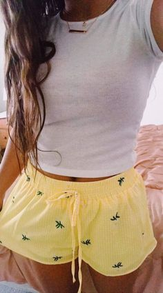 Pin by simone rufina on pijama ❤ Lazy Summer Outfits, Cute Lazy Outfits, Short Outfits, Outfits For Teens, Spring Outfits, Trendy Outfits, Fashion Outfits, Holiday Outfits, Pijamas Women