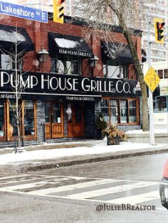 Pump House Grille Restaurant in #PortCredit #Mississauga