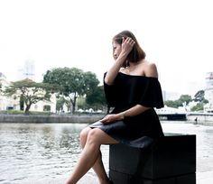 Singapore Fashion Blog Off shoulder Ruffles Top Tact Black
