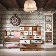 Kommode Camille - Kleinmöbel - Produkte Gallery Wall, Room Decor, Holiday Decor, Home, Dresser Remodel, Painting Furniture, Set Of Drawers, Products, Ad Home