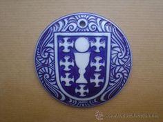 Ceramica Sargadelos. Medallon escudo da cidade de Lugo. Galicia. Spain. Homeland, Tins, Biscuit, Beautiful Things, Decorative Plates, Liqueurs, Lockets, Coat Of Arms, Museums