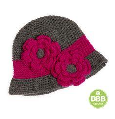 Gorros hechos a crochettodas las tallaslana de la mejor calidadtallasde 3-5años= 53 cm. diametro aprox.de 6-12 años=59 aprox.mujer= 61 cm. aprox.par